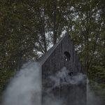 Malá chata v dyme