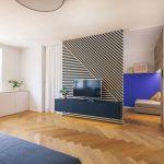 Obývačka s prechodom do pracovne