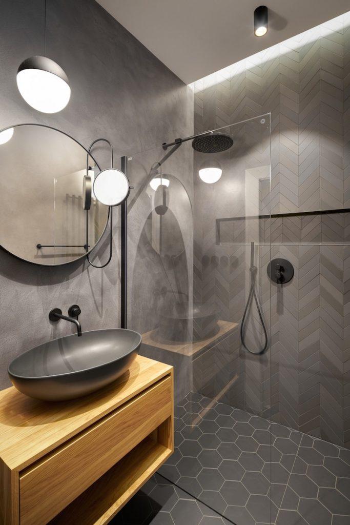 Antracitová kúpeľňa