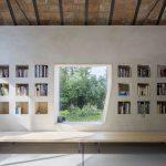 Murovaná knižnica