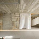 Žula a betón v interiéri