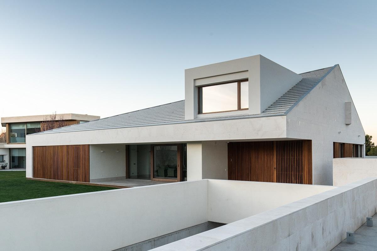 Dom Ra1