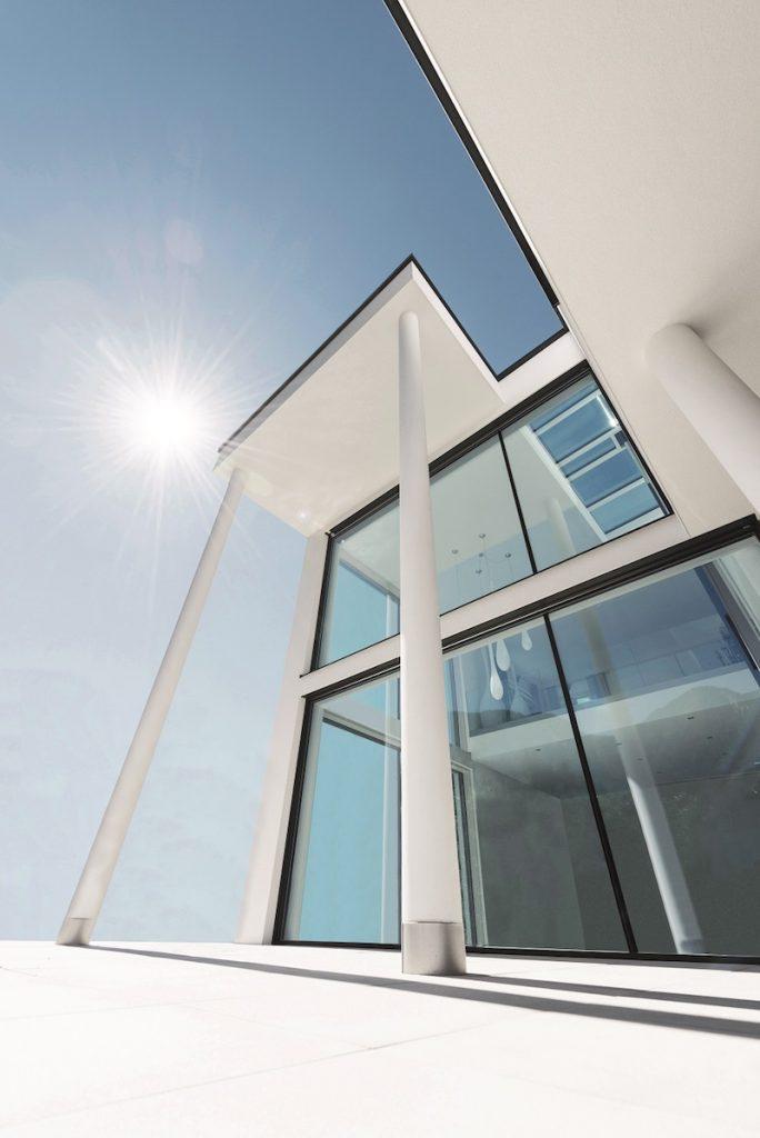 Bezpečnostné okná slnečná obloha