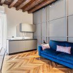Obývacia izba s pohovkou
