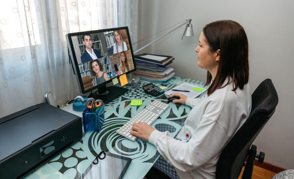 Videokonferencia z domu