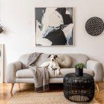 Pohodlná svetlá obývačka