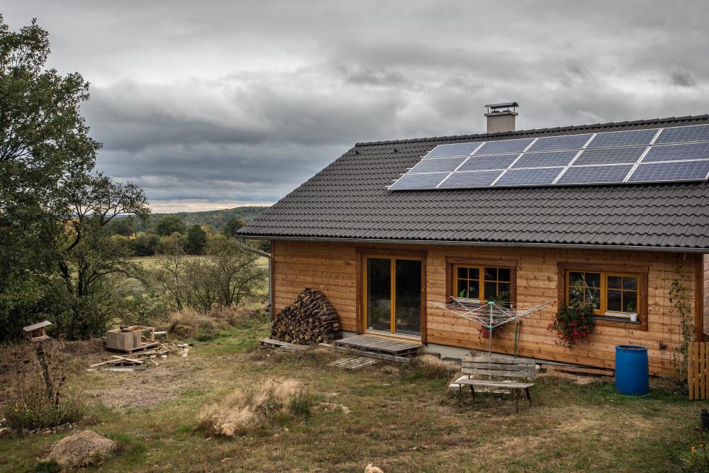 svojpomocne postavený dom s fotovoltaickou elektrárňou
