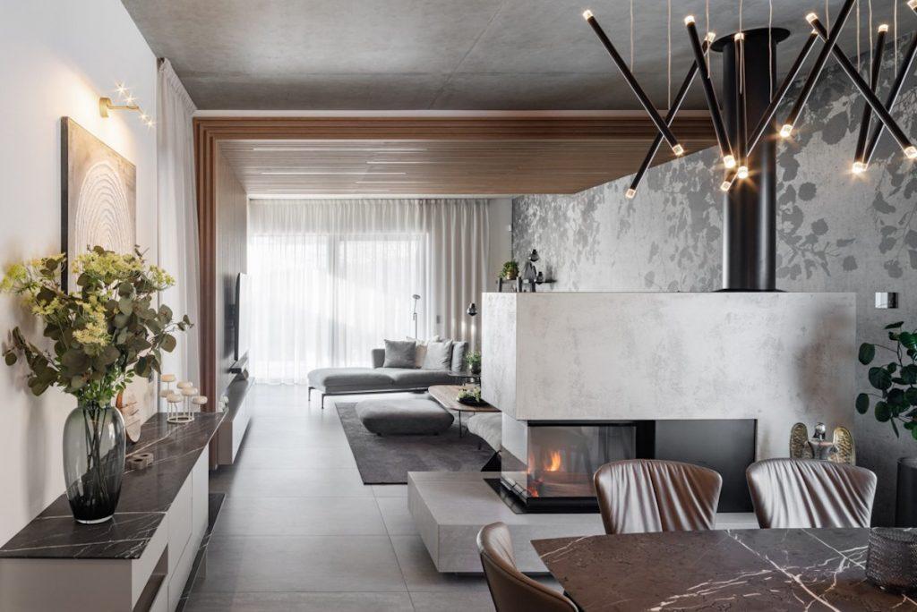 Súťaž Interiér roku: Vysnený dom zahalený do sivej farby