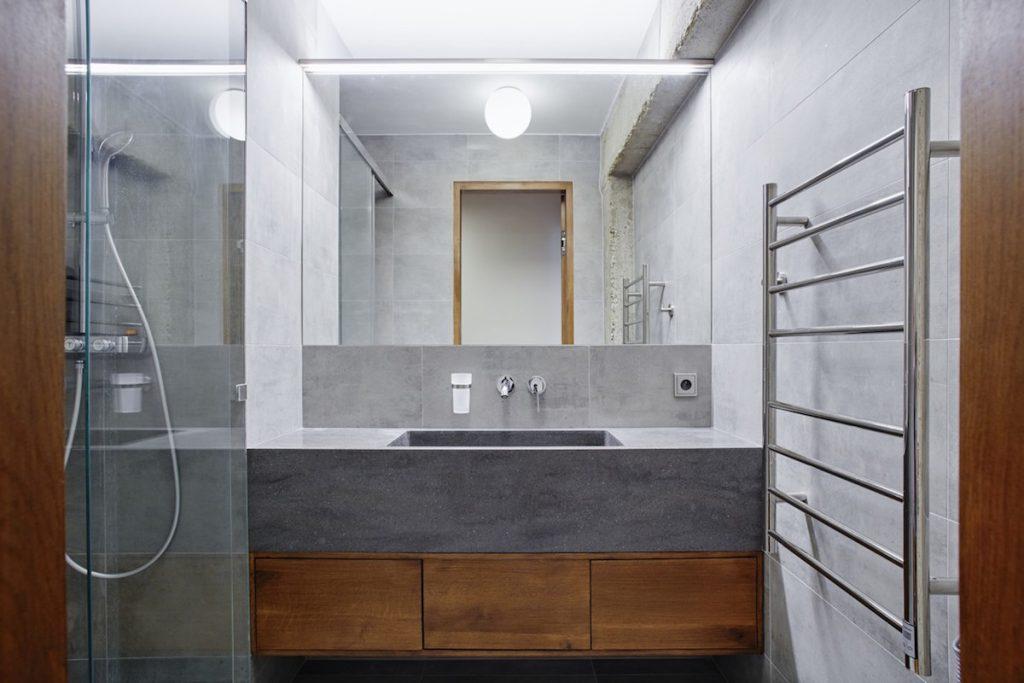 Imitácia betónu v kúpeľni