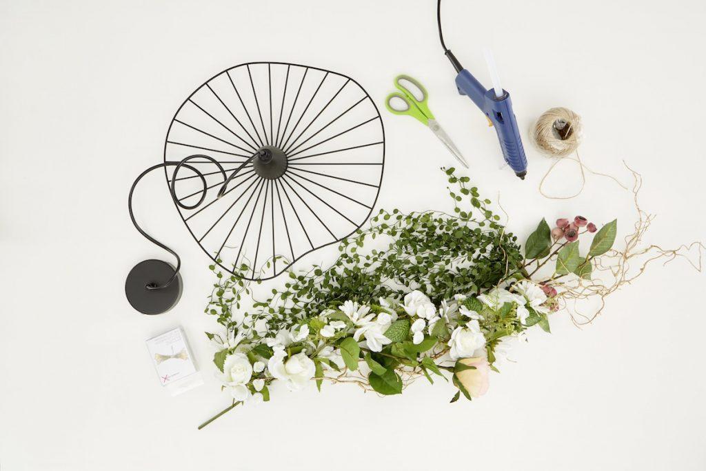 Materiál na kvetinovú lampu
