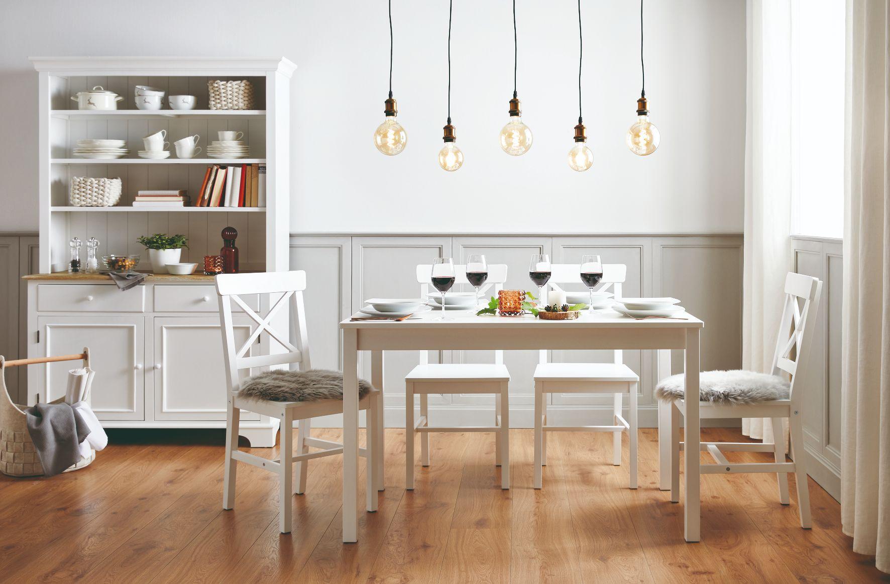 Séria nábytku Anouk je kombináciou škandinávskeho a vidieckého štýlu