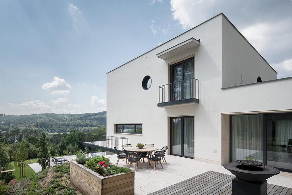 Modernistická vila Hrázní