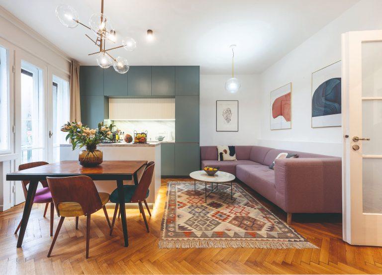 Pohodové bývanie pre mladú rodinu zo starého trojizbáku v centre Bratislavy (VIDEO)