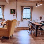 Obývacia časť s jedálňou