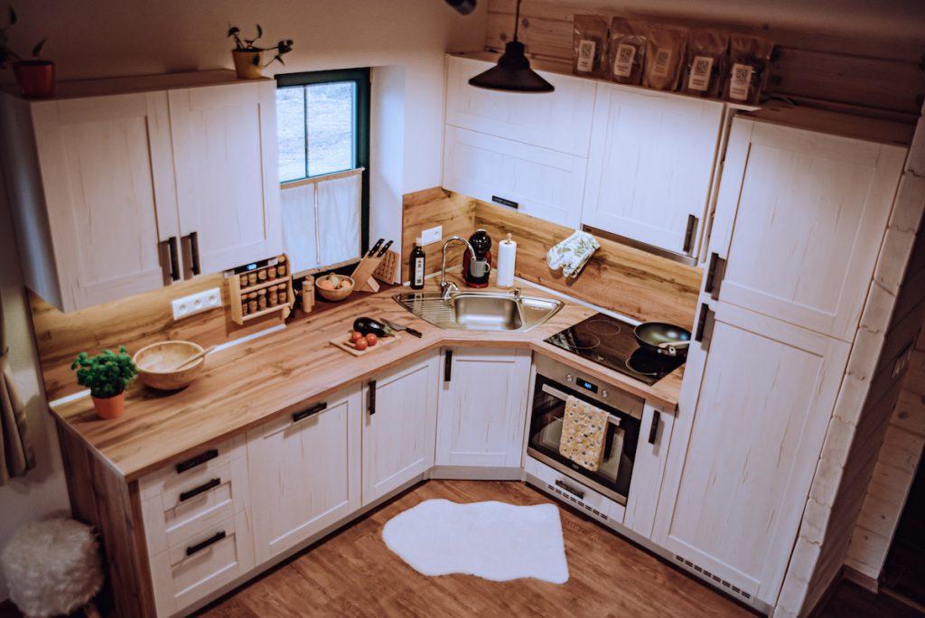 Kuchyňa z prírodných materiálov