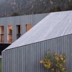 Šikmá strecha domu