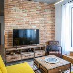 Tehlová stena v obývačke