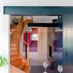 Točité schodisko a kovové nosníky