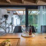 Prechod z kuchyne do záhrady