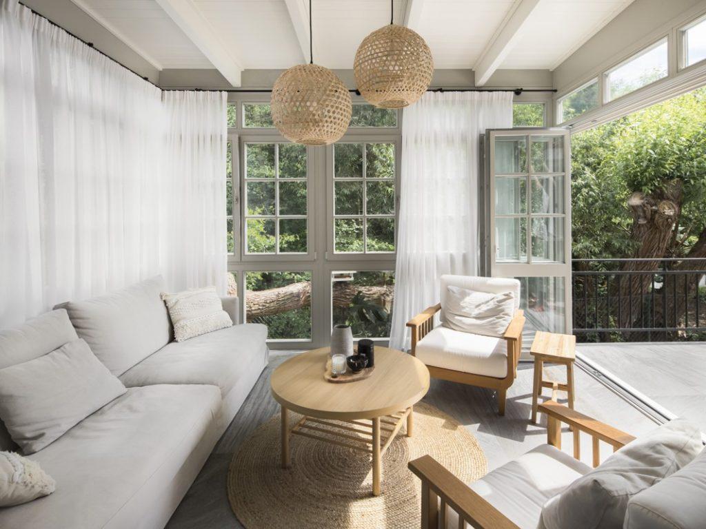 Súťaž Interiér roku: Prepojenie výnimočného okolia do vnútra vily