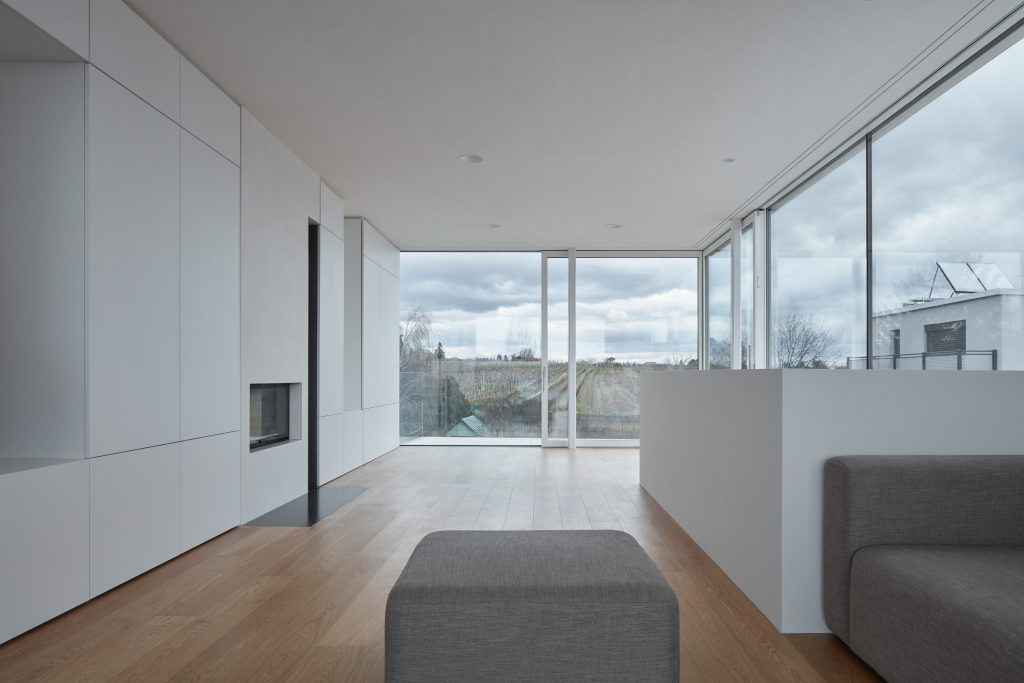 Obývacia izba s presklením