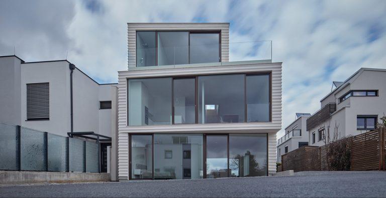 Dvojgeneračné bývanie v ultra modernej podobe
