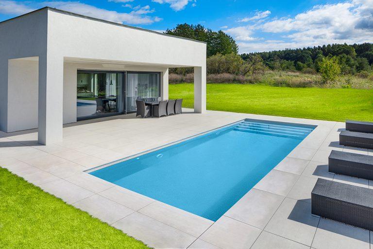Vyčariť na záhrade vlastný luxusný bazén? Máte najvyšší čas.
