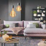 Obývačka v tmavých farbách