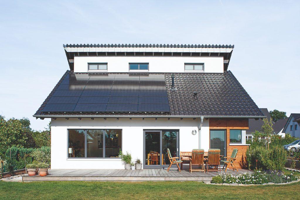 Od januára musia byť novopostavené rodinné domy zaradené do energetickej triedy A0. Čo to znamená?
