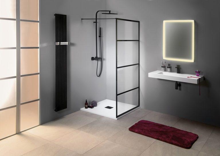 Black design by Sapho