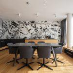 Kuchyňa s grafickou stenou