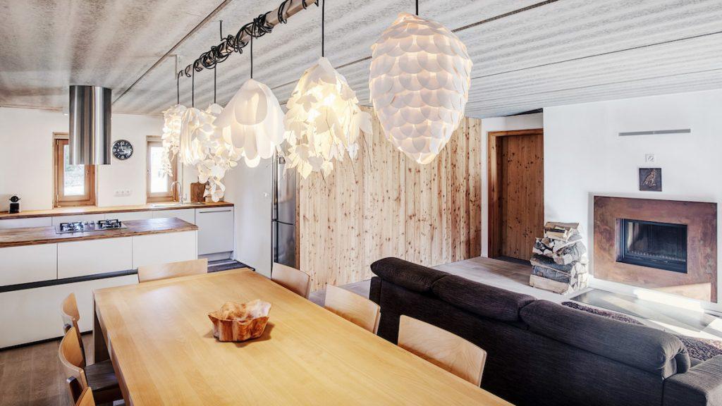 Kuchyňa s jedálňou a obývačkou