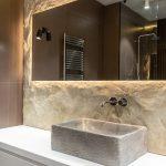 Prírodná moderná kúpeľňa