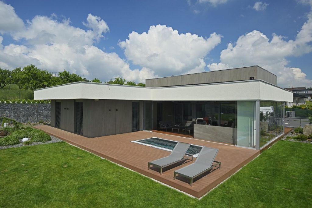 Dom s terasou WoodPlastic