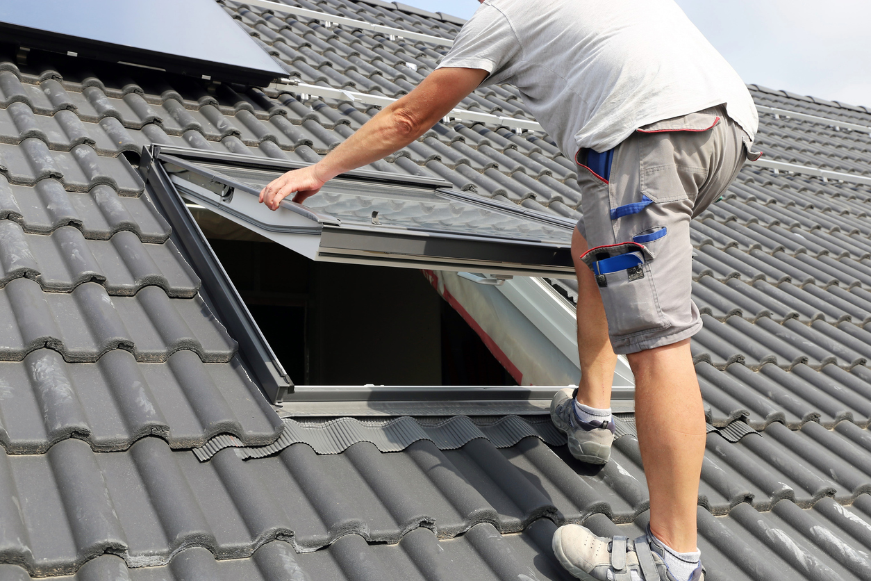 Installing a skylight