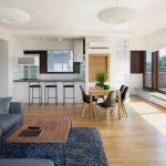koberec v obývacej izbe