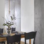 Starožitný jedálenský stôl