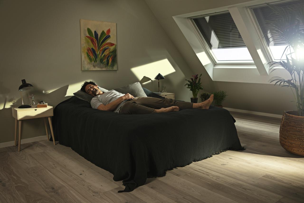 strešné okná v spálni