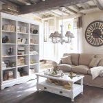 Obývačka v provensalskom štýle