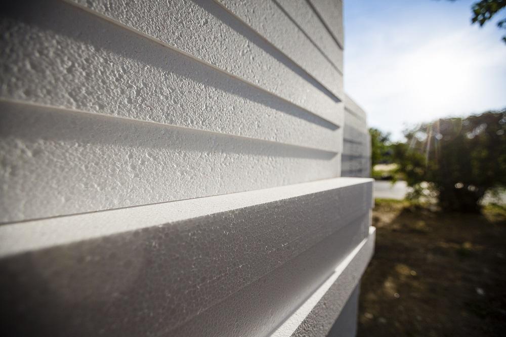 Stavba domov s takmer nulovou potrebou energie s využitím polystyrénu