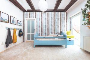 Ako vytvoriť z veľkej detskej izby dve menšie