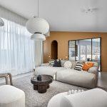 Obývačka s východom na terasu