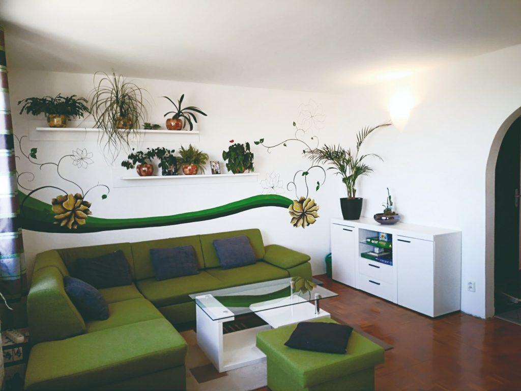 Pôvodný stav obývačky
