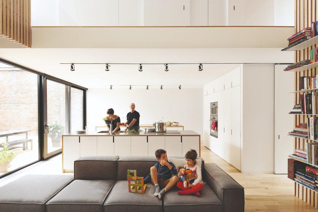 Otvorený priestor kuchyňa obývačka