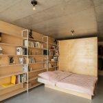 Spálňa s knižnicou a šatníkom