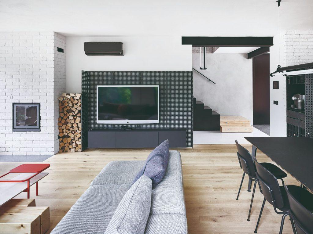 Obývačka s jedálňou
