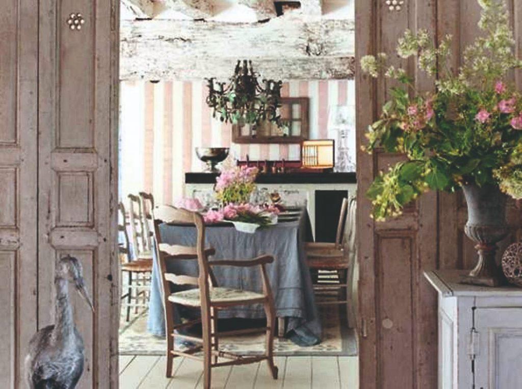 jedáleň v provensalskom štýle