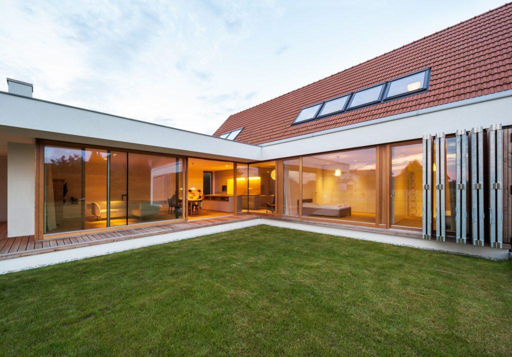 Moderné stavby sú úsporné, systémové a takmer bezodpadové