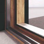 Hybridný systém okenného portálu
