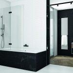 Sprchová zástena na čiernej vani